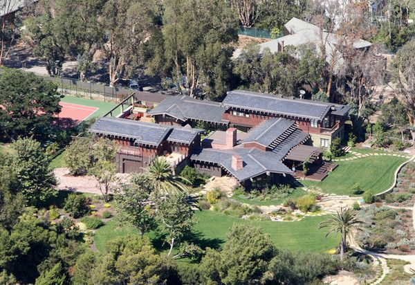 Green homes for Celebrities