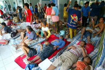 hospitals overflowing with earthquake victims