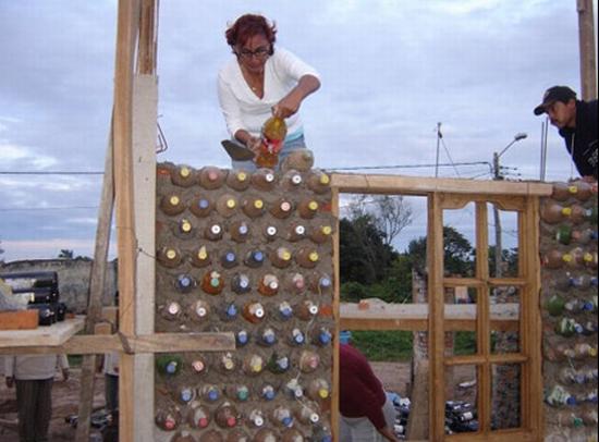 ingrids plastic bottles house2