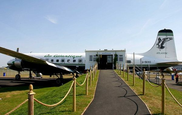 la carte restaurant at coventry airport 1