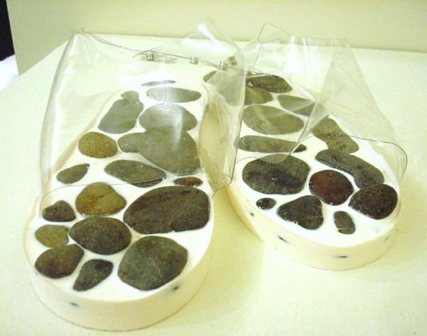 naturas insoles made with moss and rocks 2
