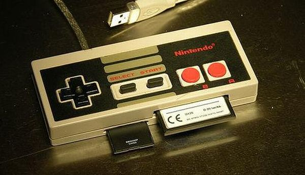 Nintendo controller into a PC card reader