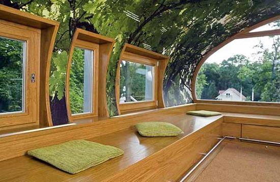 oval tree house 4