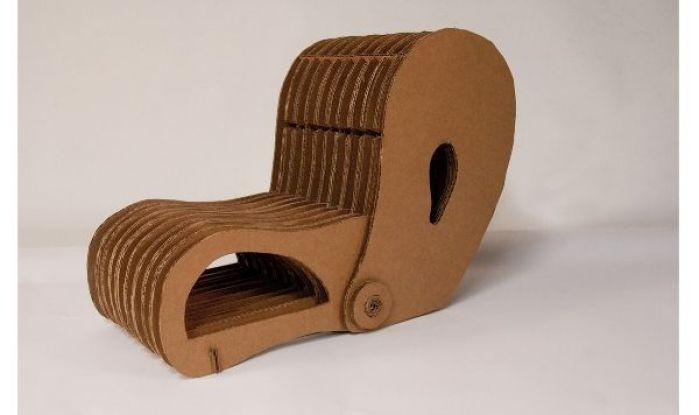 Peanut Cardboard Chair
