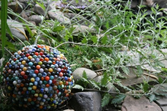 reclaimed marble garden ball3