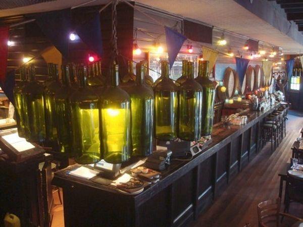 recycled wine bottle decoration 2