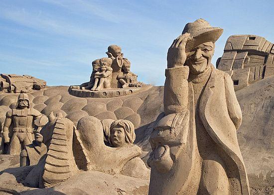 sand sculpture 17