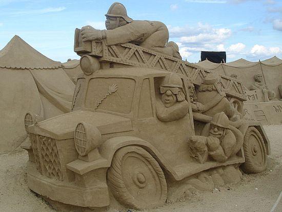 sand sculpture 30