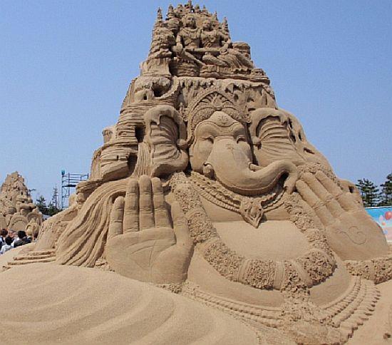 sand sculpture 33
