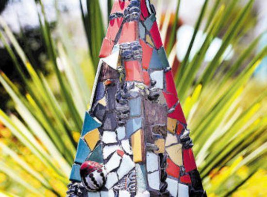 sculpture is 2010 4