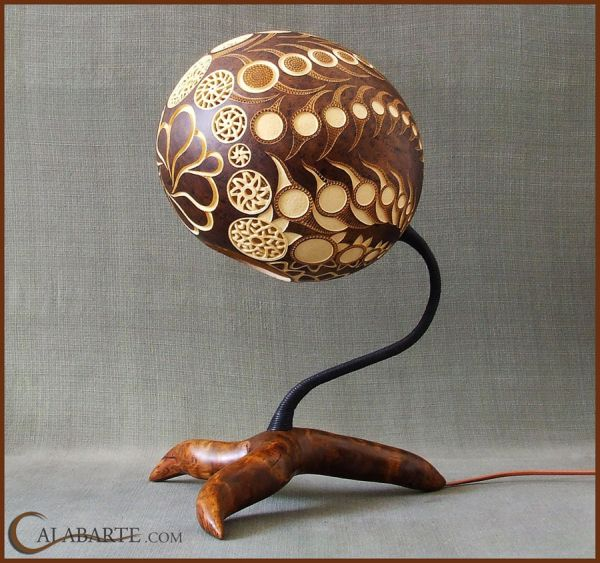 Standing gourd lamp by Calabarte