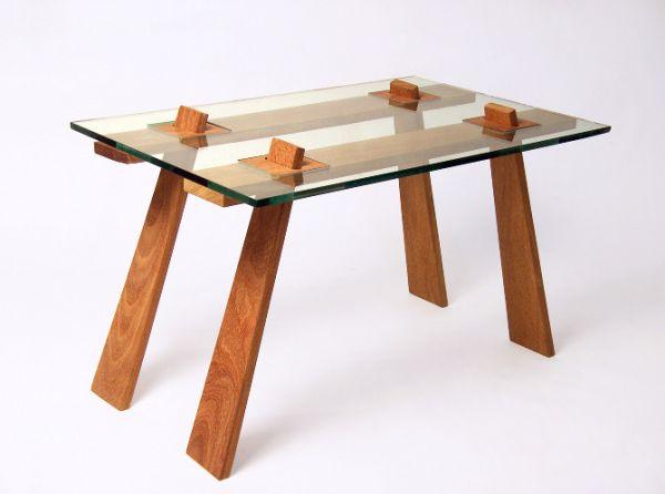 Table Cuatro
