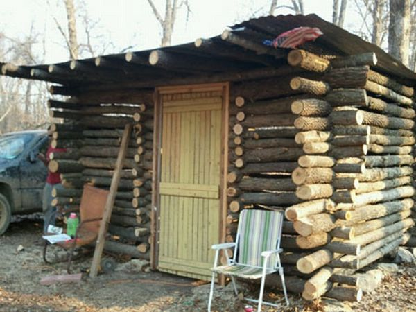 timber made cabin 1