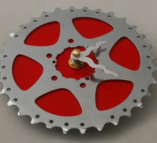upcycled bike gear clock 3