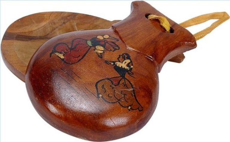 article-new-thumbnail-ehow-images-a01-vs-5f-play-castanets-800x800