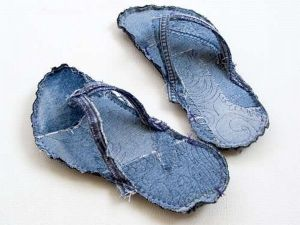 xblue-jean-slippers.jpeg.pagespeed.ic.RrMrb-gbOR