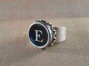 weekend_store_typewriter_key_rings