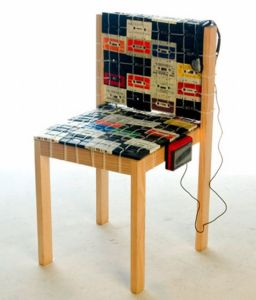 Upcycle-Cassette-Tapes-Chair