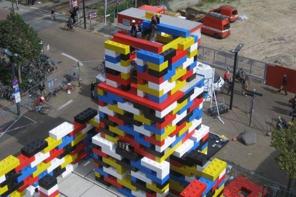 loos-fm-lego-church-temporary-space-6-537x358