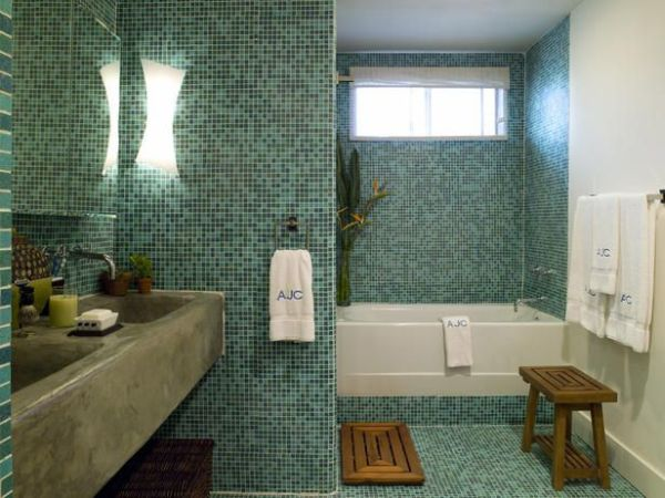 Installing recycled tiles