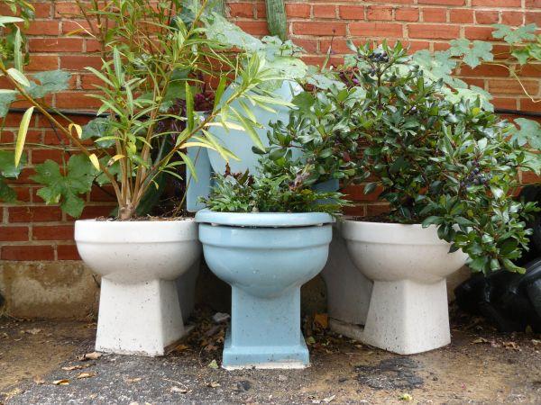 Recycling old bathroom fixtures