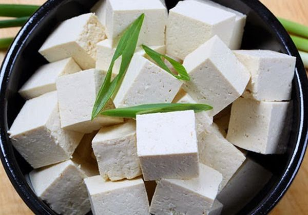 tofu is made of soybean curds