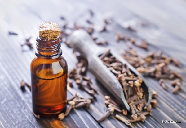 cloves and oil