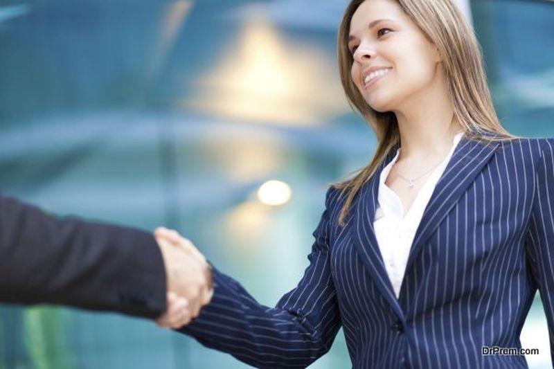 women's-networking-meeting