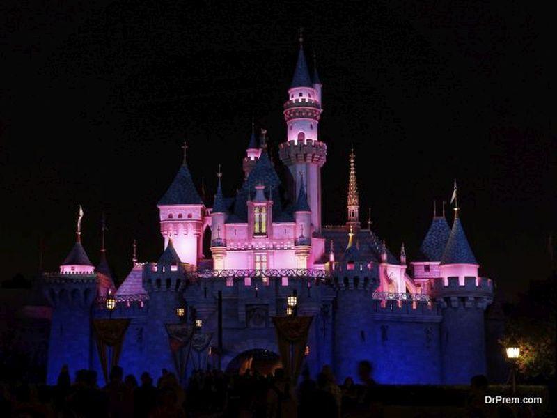 Disney mette un divieto di plastica
