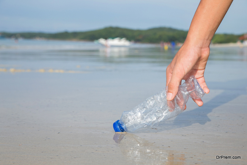 Cleaning Up The Oceans Plastic