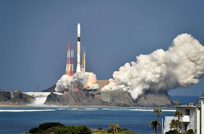 Japan launches Ibuki-2