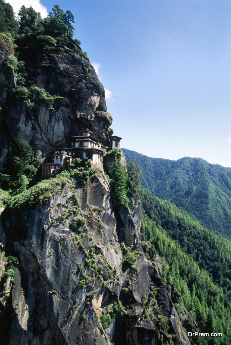 The-Himalayan-Kingdom-of-Bhutan
