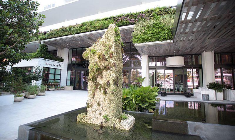 Wall as an air purifier