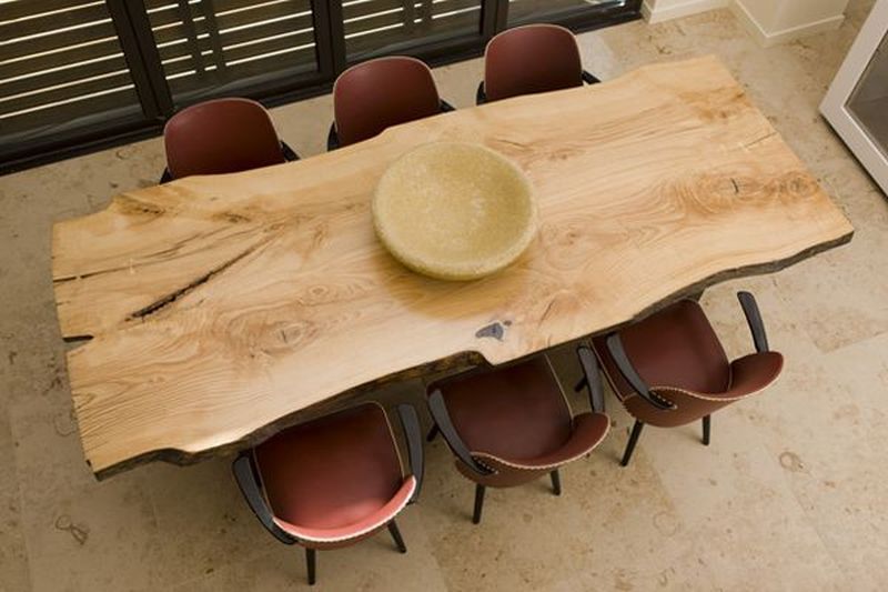 make dining table using recycled wood
