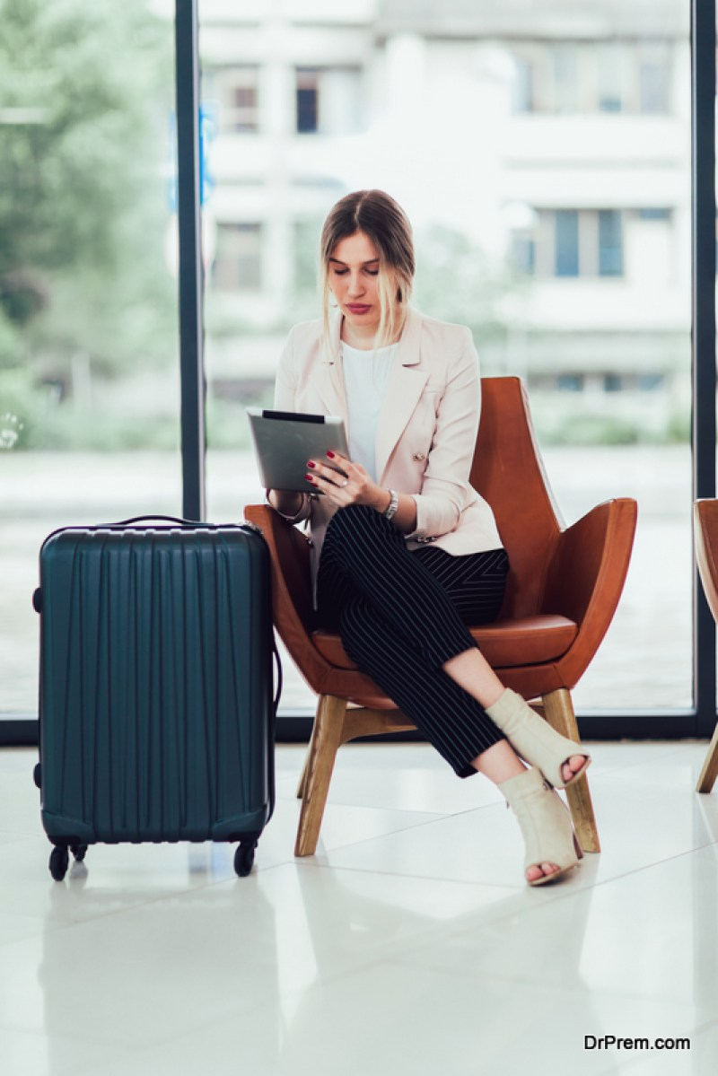 business travel agency can give risk management guidance and services