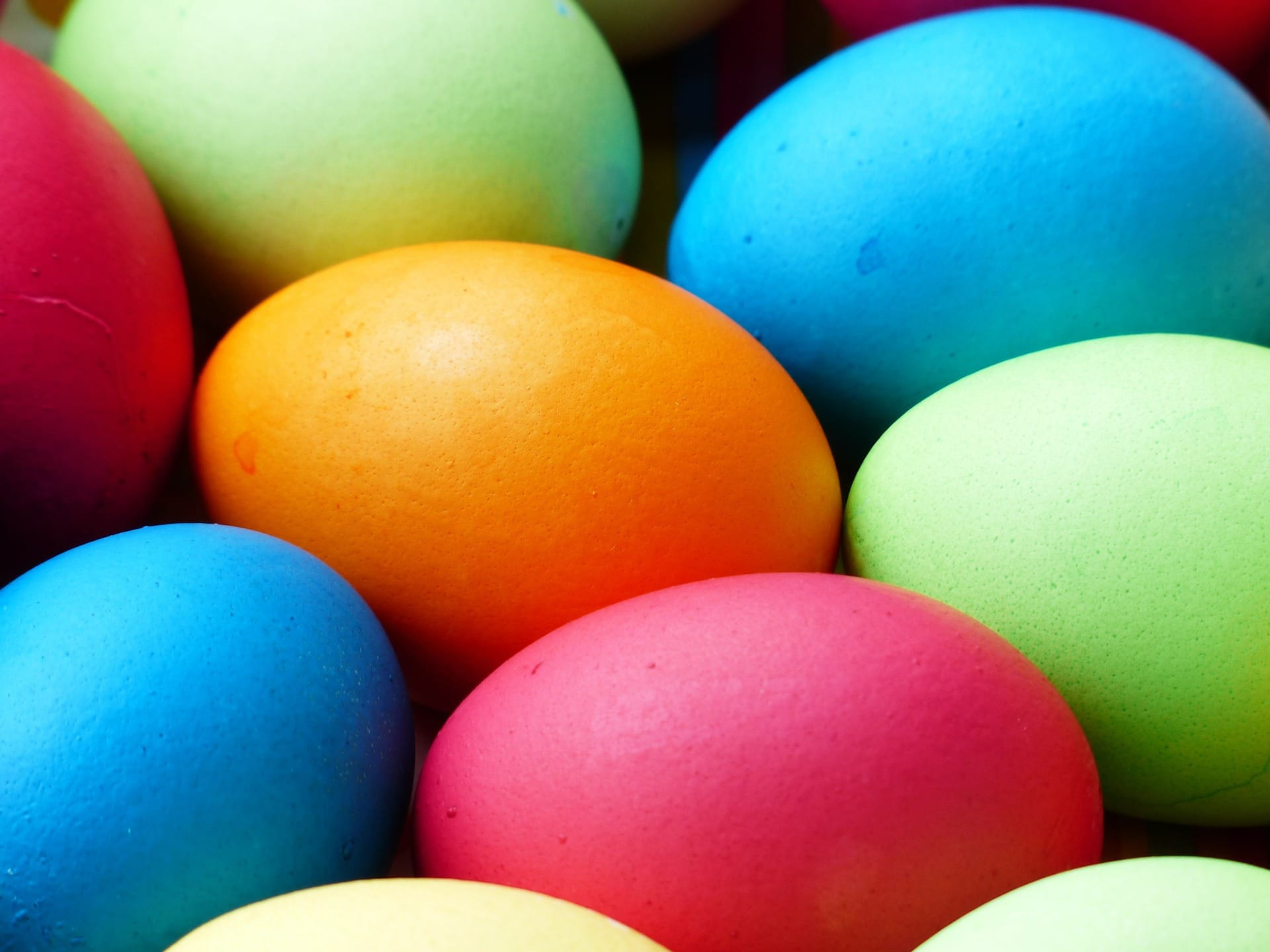 how to color easter eggs with natural ingredients