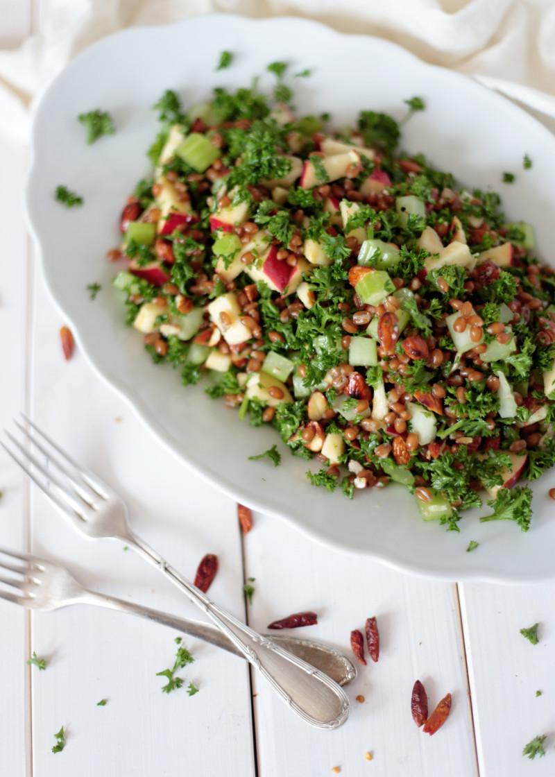 http://greenevi.com/cabbage-salad-mandarine-ginger-tahini-dressing/