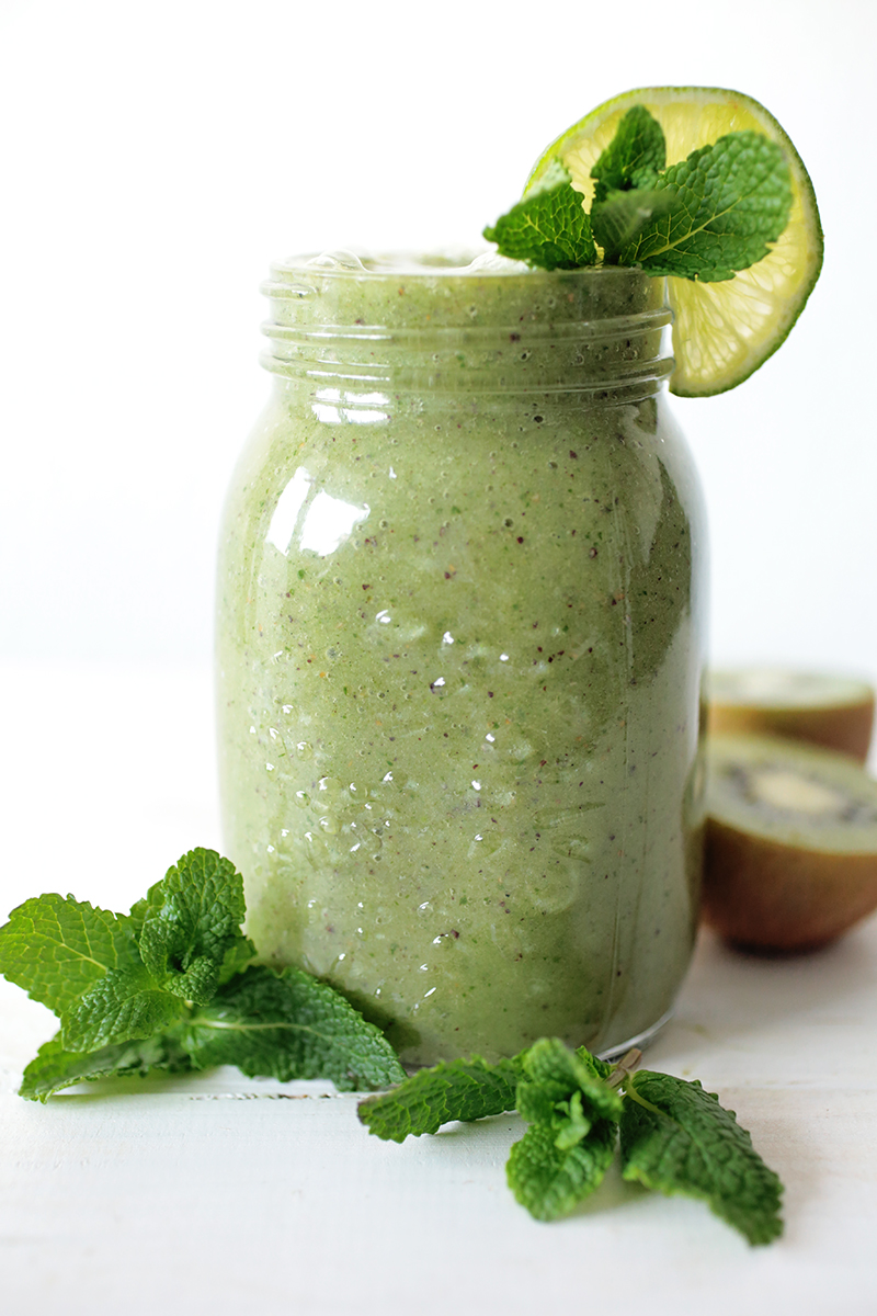 Green Power Smoothie + NutriBullet Giveaway