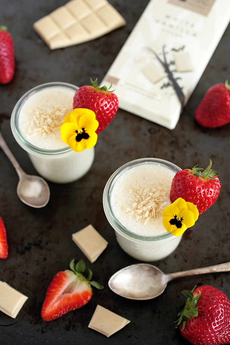 Vegan White Chocolate Mousse + GIVEAWAY