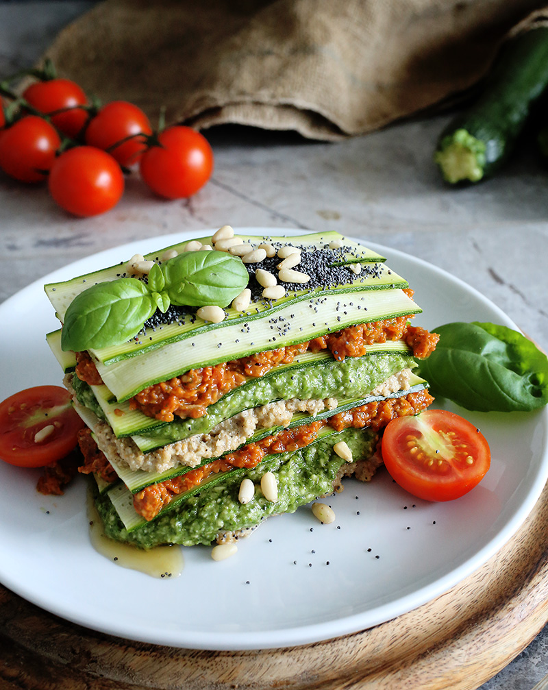 Raw vegan lasagne green evi raw vegan recipes are super refreshing this time of the year yes they are also light and healthy but trust me the best part is that you get an awesome forumfinder Choice Image