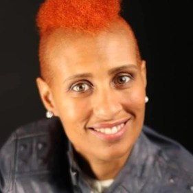 headshot Dr. Felicity Joy Solomon