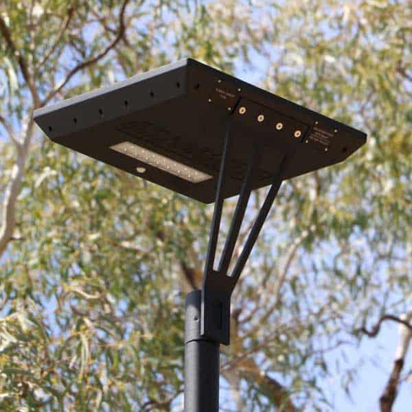 stelth solar pathway light