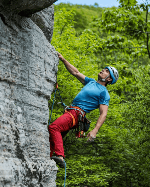 Things to do in Asheville: Climbing Chimney Rock