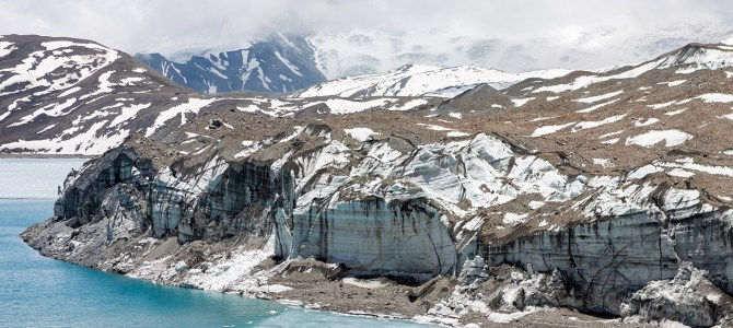 Melting glaciers threaten Asia's drought buffer, scientists warn