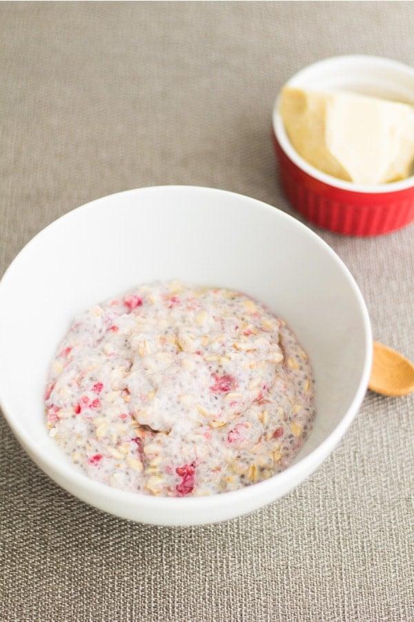 Raspberry White Chocolate Overnight Oats 2