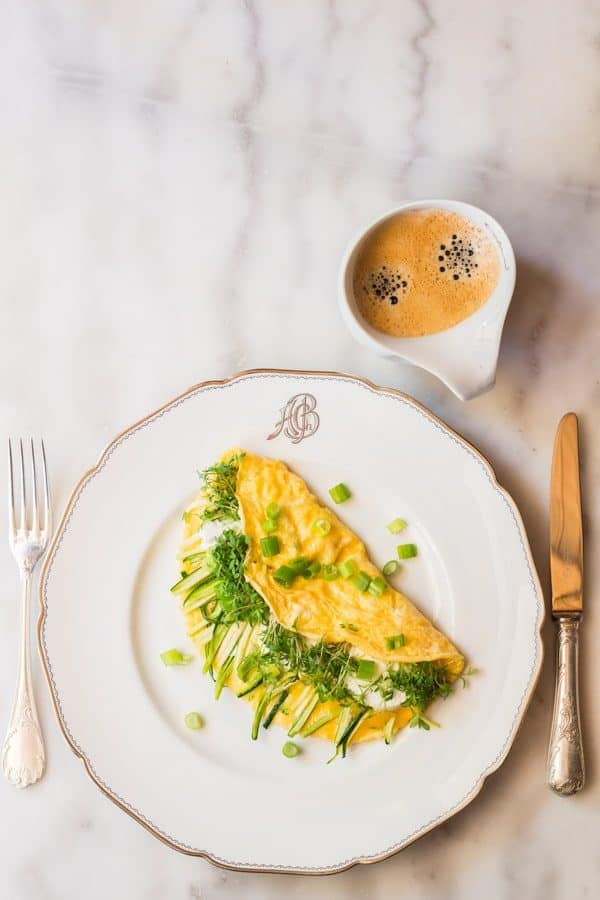 Follow this Goat Cheese Omelette Recipe with fresh veggies and you will end up with a breakfast that will kiss your belly from the inside all morning long.