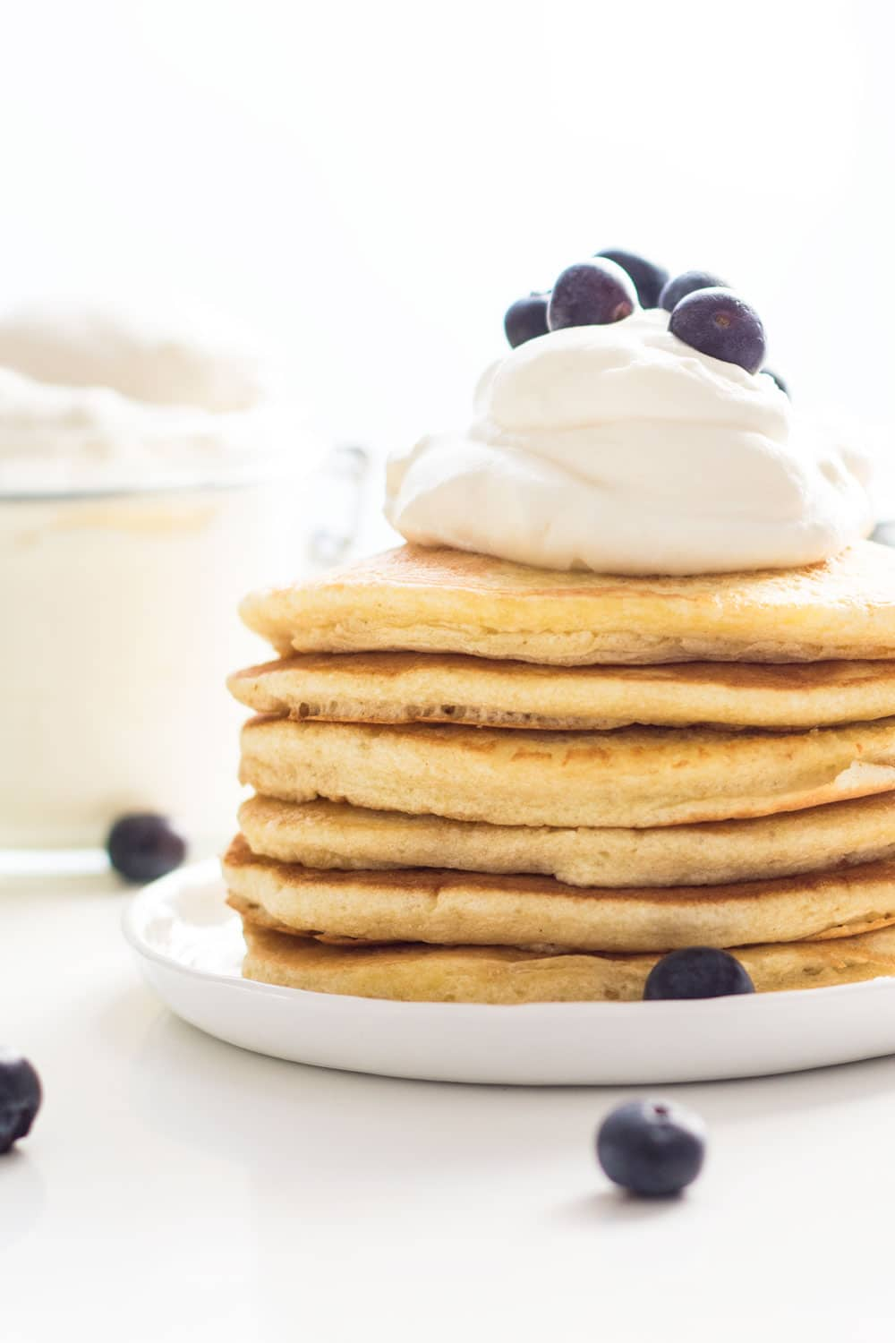 Super Duper Extra Fluffy Pancakes without baking soda or powder. Say what?! Yes, the secret ingredient: air a.k.a. stiff egg whites!