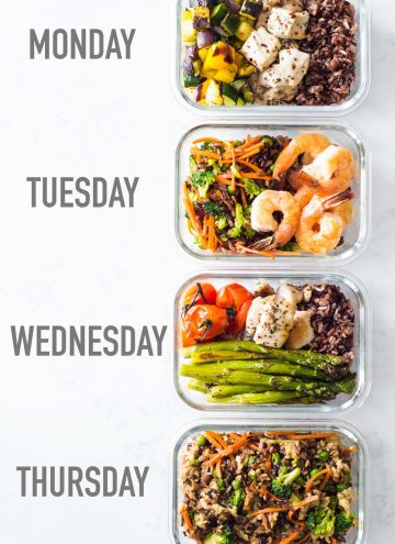4 Glass Meal Prep Containers with different Recipes one next to the other and text overlay saying Monday, Tuesday, Wednesday, Thursday.