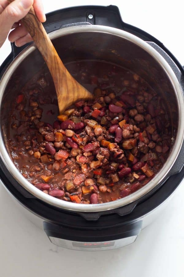 Finished Vegan Chili made in the Instant Pot