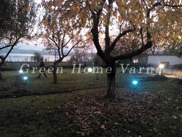 Озеленяване на къща за гости, с поливна система и градинско осветление